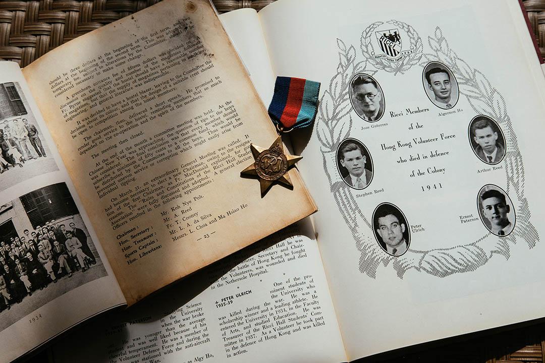 葉坤杰在大學時,發現自己住的利瑪竇宿舍有一本特刊,裡面記載着舍堂「大仙」(前輩)參與香港保衛戰的事蹟。