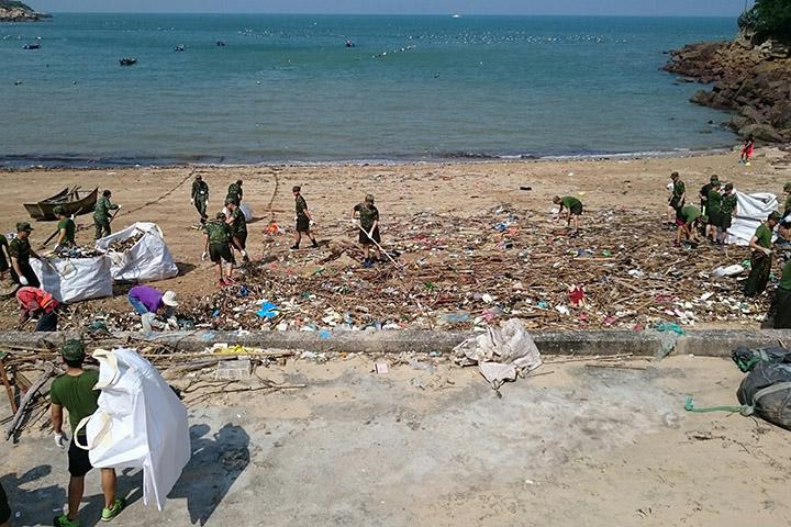 芙蓉澳淨灘活動。