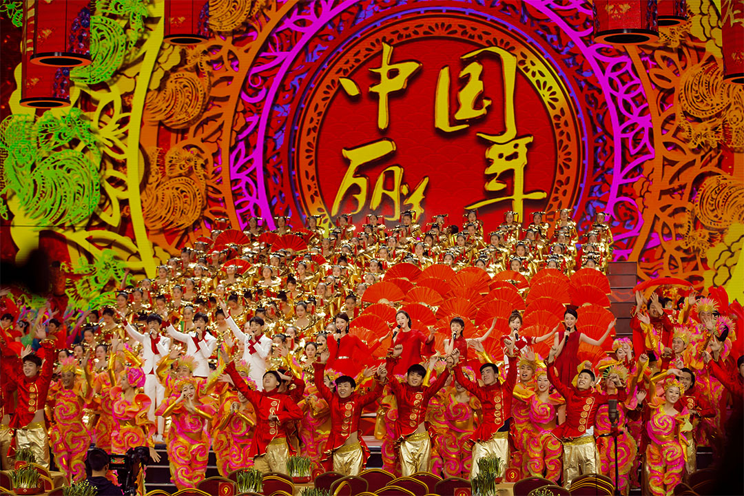 春晚中,有演唱了不少賀年歌曲,圖中正在演唱「美麗中國年」。