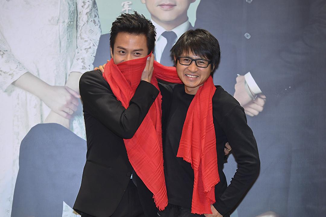 2017年1月23日,韓寒及鄧超於北京為電影《乘風破浪》作宣傳。