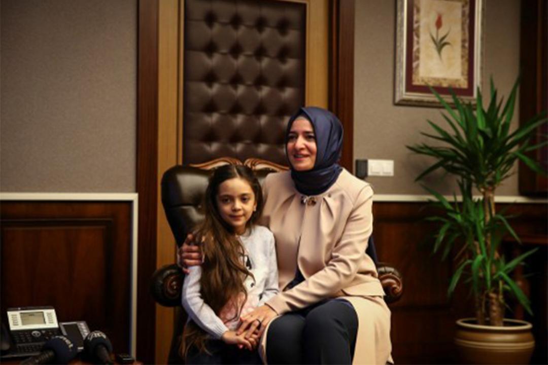 敘利亞Twitter女孩Bana寫信給特朗普,希望他救敘利亞孩子。
