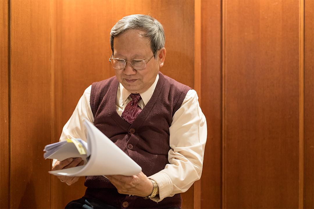 近代史學者賴澤涵是《二二八事件研究報告》的執筆者。