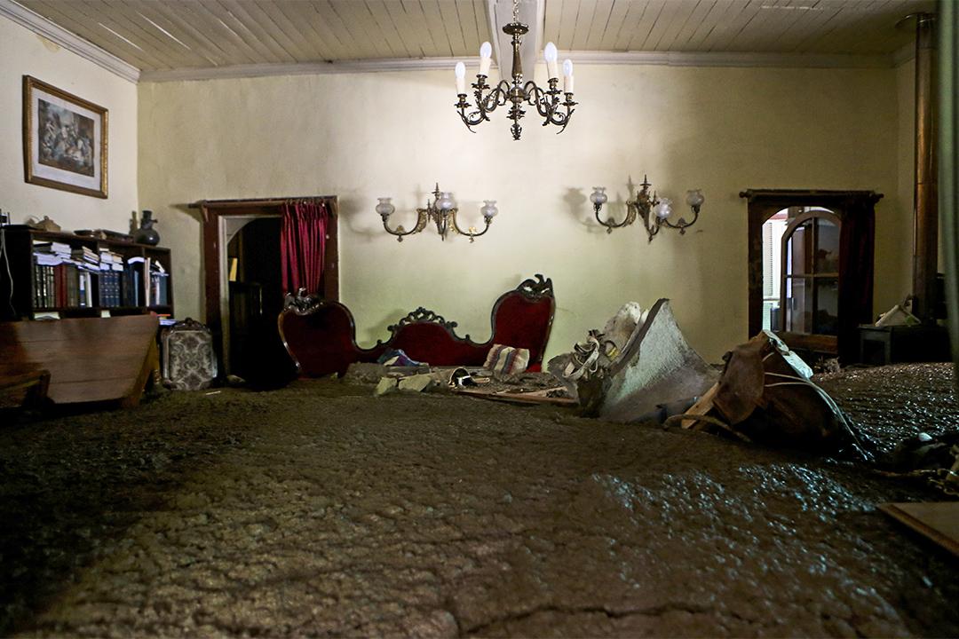 2017年2月26日,智利聖地亞哥周邊的房屋被洪水淹浸。
