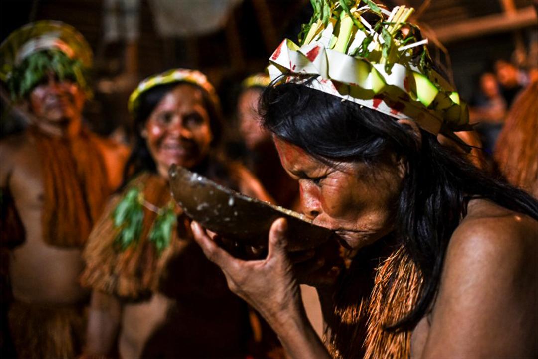哥倫比亞土著。