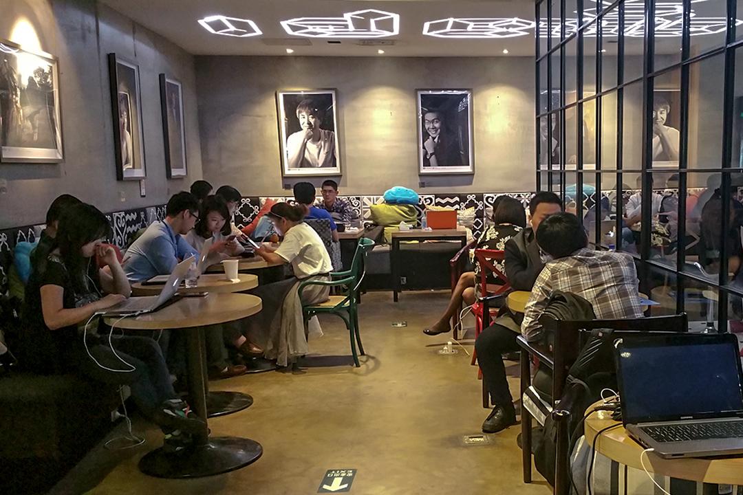 總理李克強曾到北京中關村創業大街的3W咖啡館。