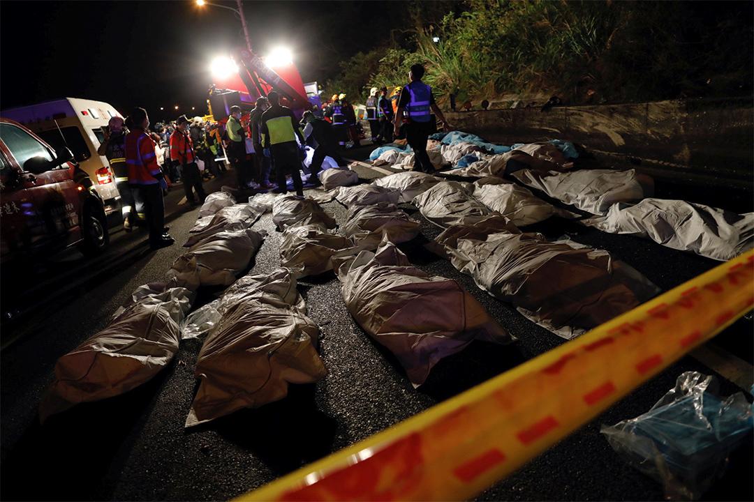 是次翻車事故,造成大量傷亡。