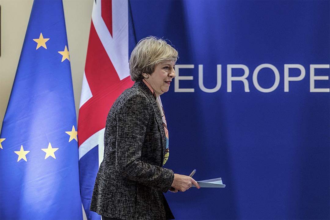 2017年3月9日,英國首相出席布魯塞爾一個記者會。