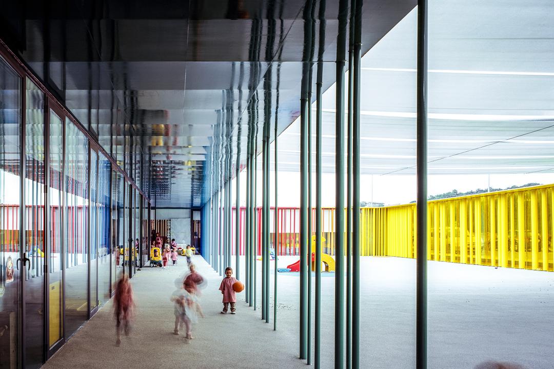 RCR Arquitectes與J. Puigcorbé合作的建築作品:位於西班牙Girona的El Petit Comte幼兒園(El Petit Comte Kindergarten, 2010)。