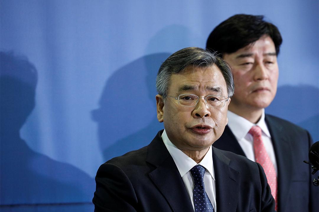 2017年3月6日,在韓國首爾,特別檢察官Park Young-soo公佈最終調查結果,認定總統朴槿惠與崔順實合謀收受賄賂。