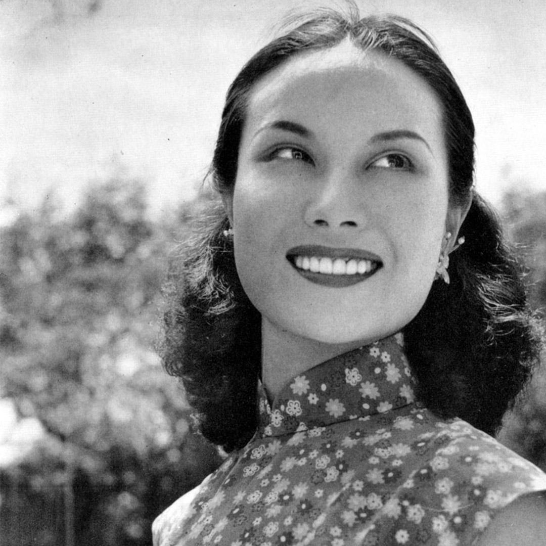 李麗華於1947年拍攝的相片。
