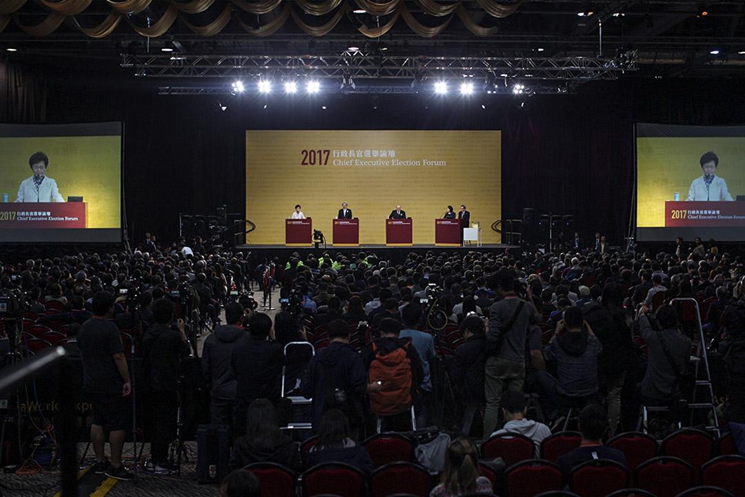 香港記者協會宣布,今日已入稟法院就政府禁止網上媒體採訪其活動之政策,提出司法覆核。圖為3月19日行政長官選舉論壇。