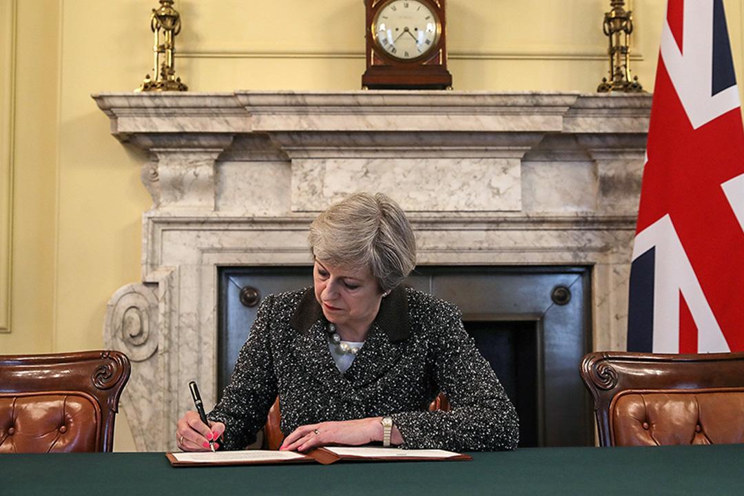 2017年3月28日,英國首相文翠珊正式去信歐盟,通知英國終啟動《里斯本條約》50條。