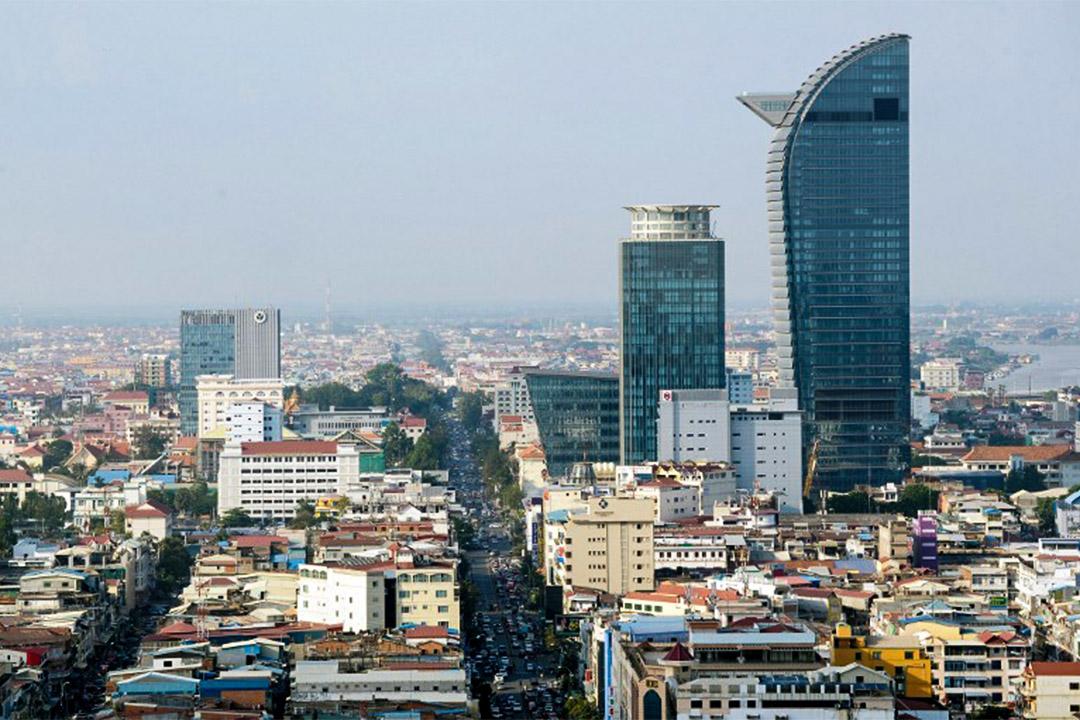 從豪華的購物中心,高層公寓到五星級酒店,金邊豪華的建築熱潮正使它成了亞洲增長最快的城市之一。