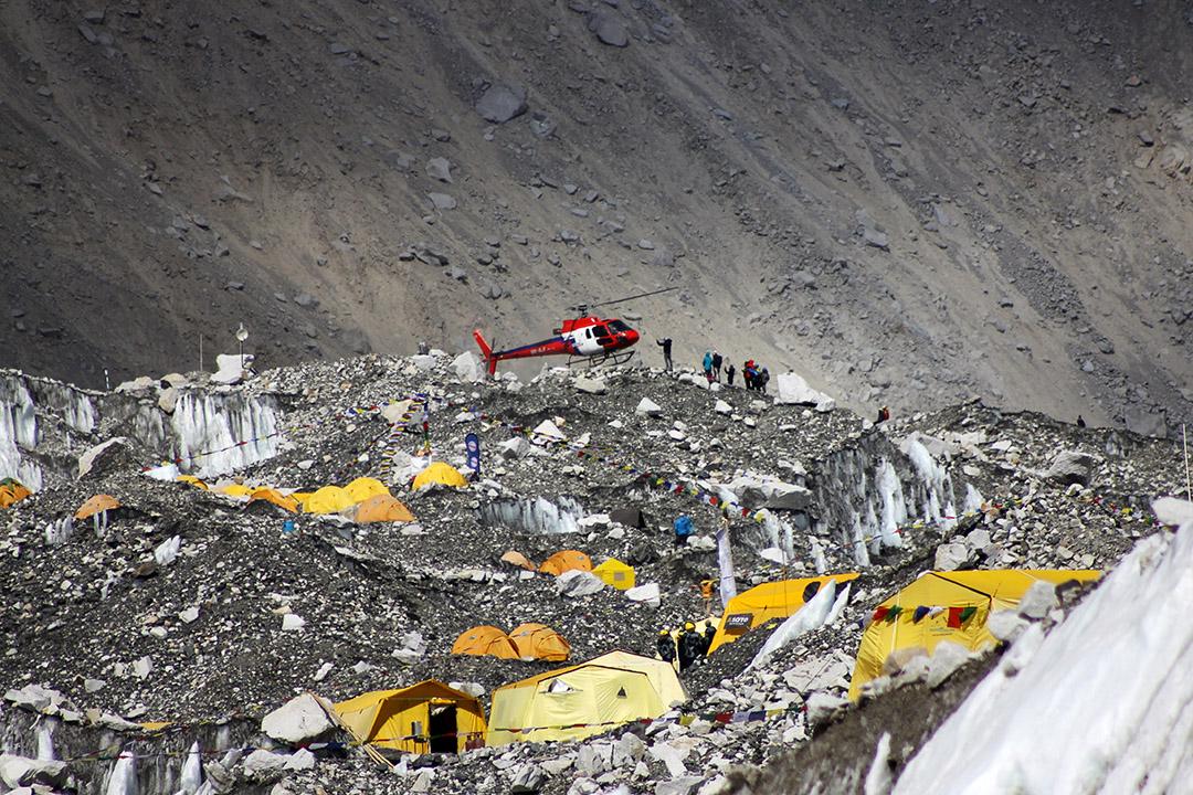 圖為珠穆朗瑪峰營地。