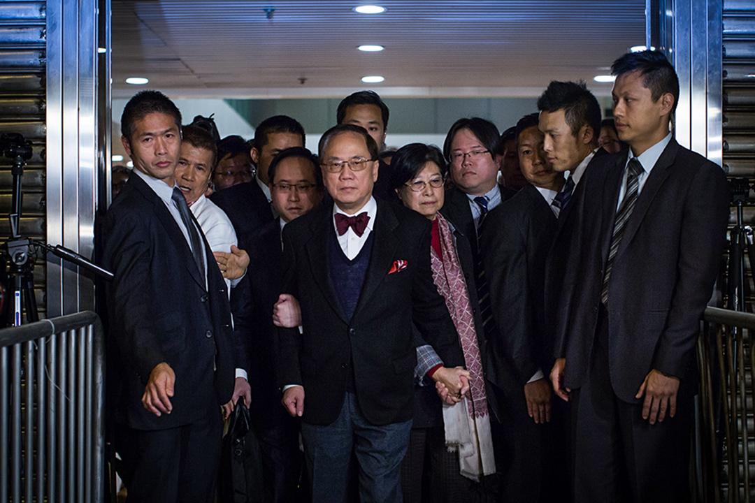 2017年2月17日,曾蔭權於高等法院出席審訊。