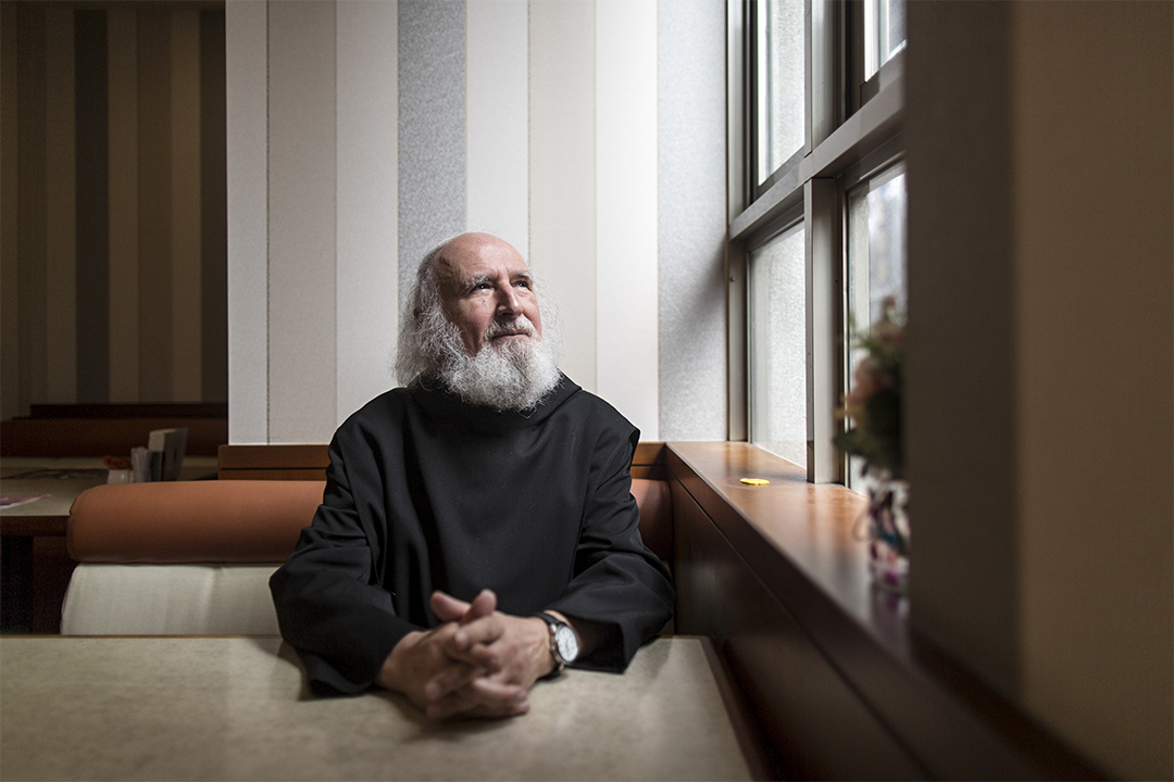 古倫神父指受害者不要一直停留在被動的情況,一直等待加害者悔改、道歉,要更積極走出受害者的角色。
