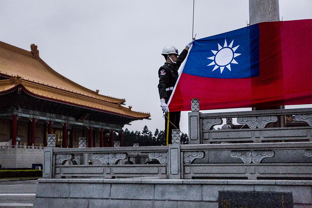 """有人认为""""一中承诺""""蚕食了台湾的言论自由。"""