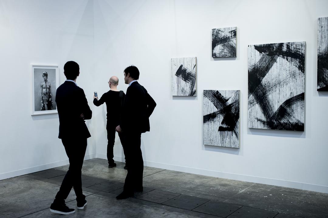 2017巴塞爾藝術展(Art Basel)現場。