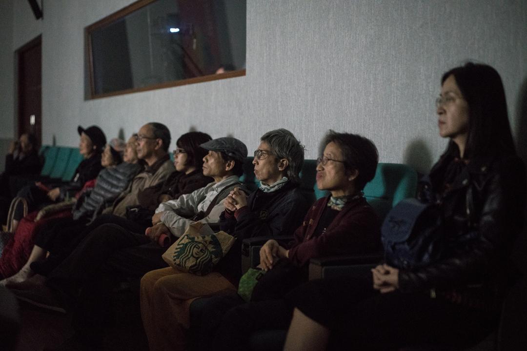 前來嘉義國際藝術紀錄影展觀影的民眾。