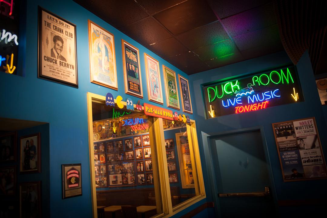 藍莓山餐廳地下的表演場地Duck Room。