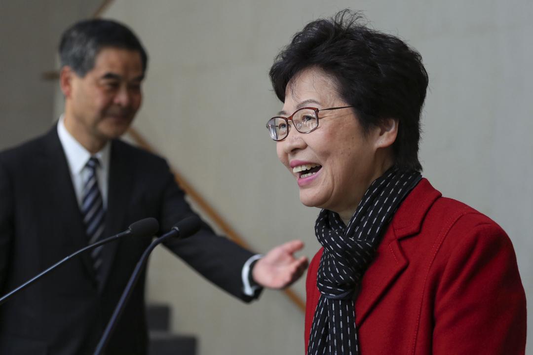 3月27日,候任行政長官林鄭月娥與行政長官梁振英會面。
