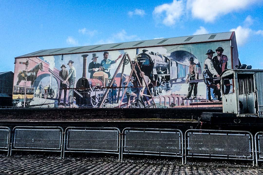 1830年第一條鐵路開通時的曼徹斯特火車站,現為科學與工業博物館。