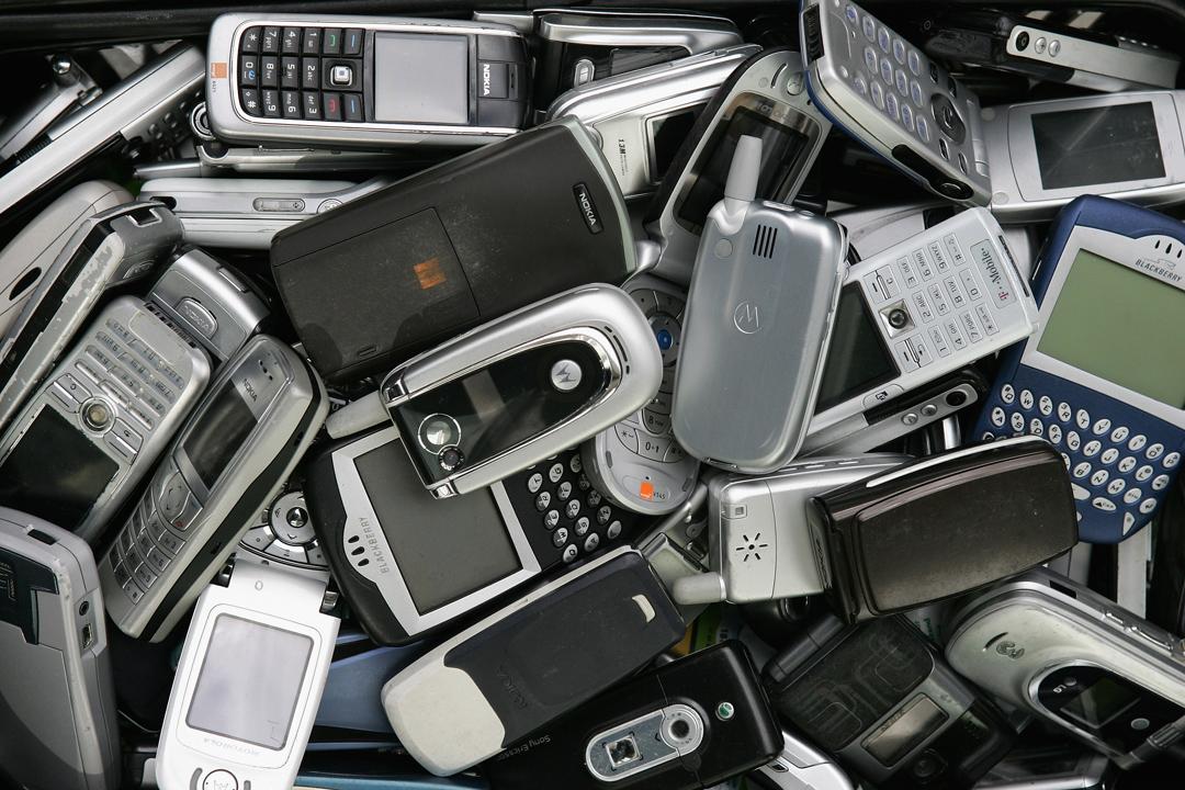 40歲以下,不使用智慧型手機的台灣人,似乎成為一種都市傳說。