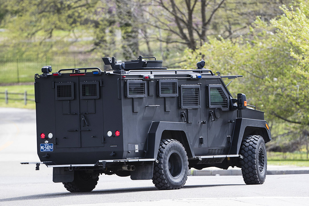 2017年4月17日,有裝甲警車於費城Fairmount公園巡邏。