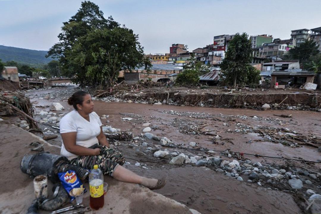 哥倫比亞連日暴雨引發山泥傾瀉,逾250人死、200人失蹤。