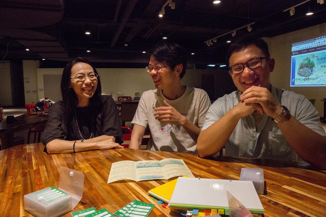 「哲學新媒體」創辦人鄭凱元、邱獻儀和莊元輔。