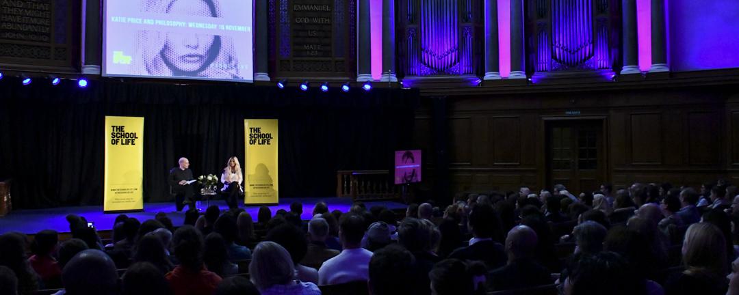 Alain de Botton 開創的 The School of Life,十年來已開遍全球,當中主辦的講座座無虛席。
