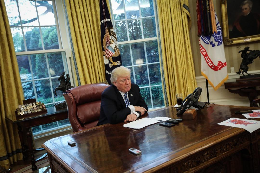 美國總統特朗普拒絕蔡英文的通話建議,稱不願給習近平惹麻煩。