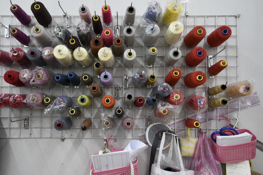 早期紡織業興盛時,台南有上萬家紡織廠,如今所剩無幾。