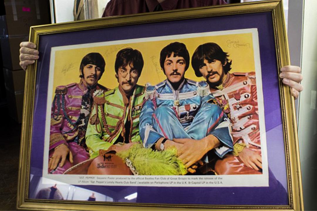《花椒軍曹與寂寞芳心俱樂部》(Sgt. Pepper's Lonely Hearts Club Band)海報。