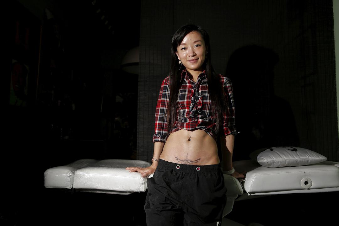 Eason Zhou,28歲,育有一名5歲大的孩子。