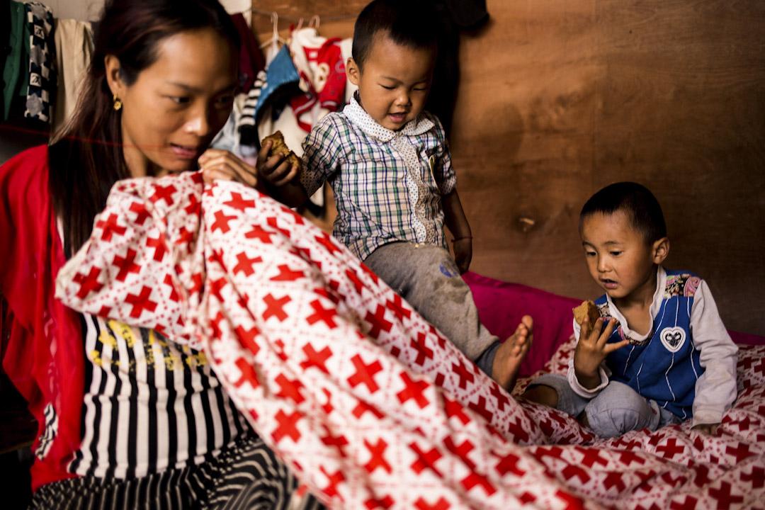 果敢族是緬甸其中一個少數民族,當地人為新生兒報戶口,以及年滿18歲辦公民證,必須都進行身分審查。