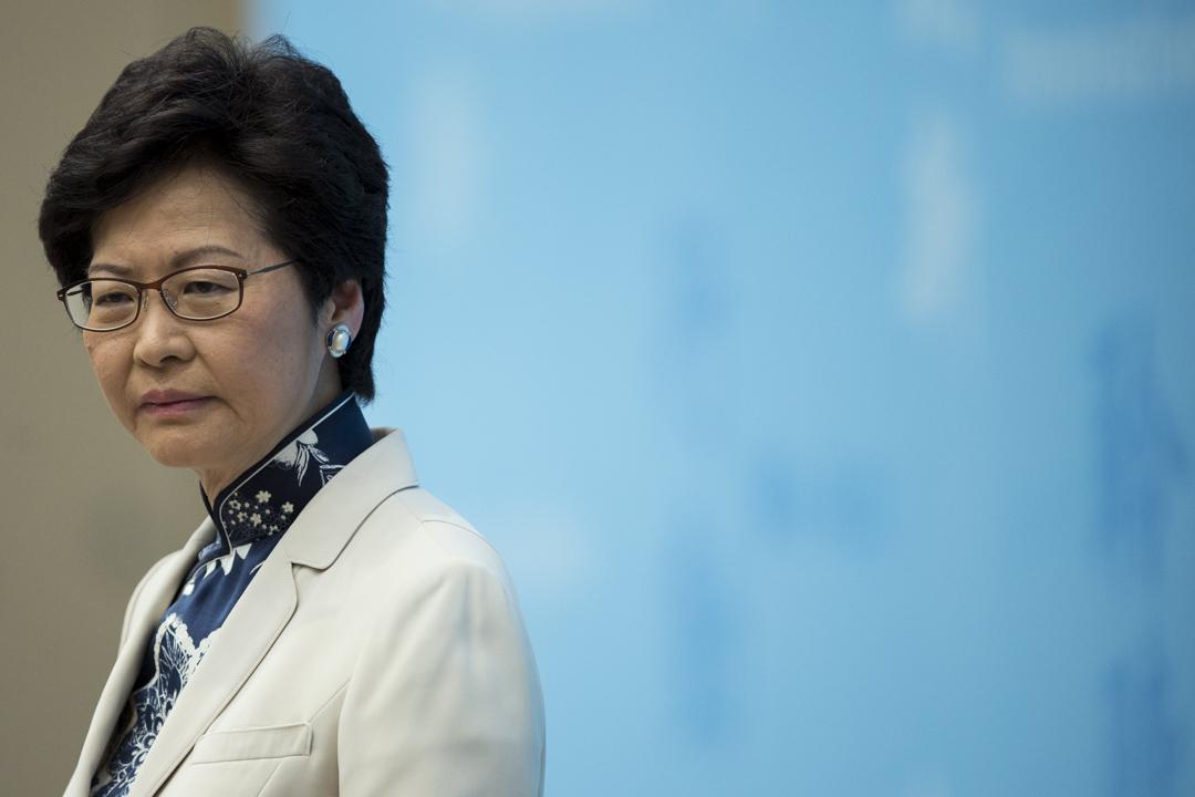 候任特首林郑月娥带领主要官员会见传媒长达4小时。 摄:林振东/端传媒