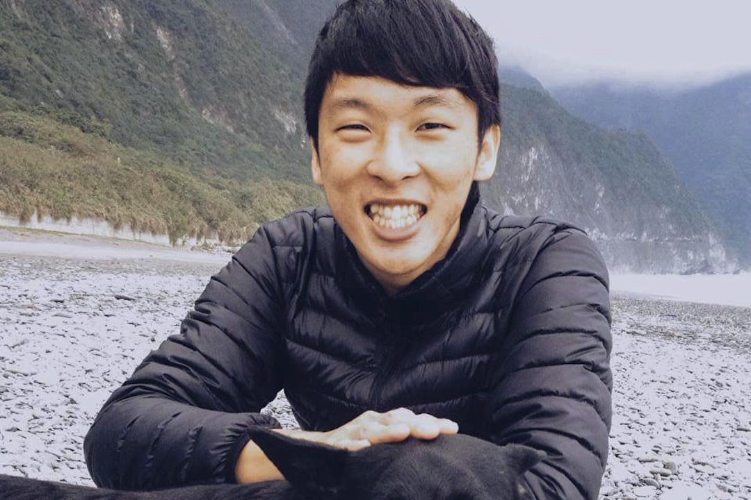 陳冠齊擔任齊柏林紀錄片《看見台灣II》拍攝助手時,於2017年凌天航空直升機事故意外中喪生。
