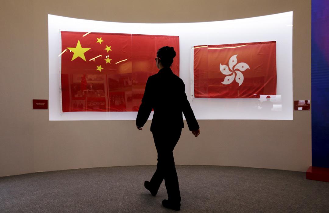 2017年6月27日,在中國國家博物館舉行「香港回歸祖國二十周年」展覽。 攝:Jason Lee/Reuters