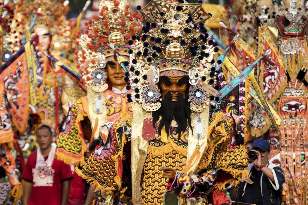 各宮廟神將、神轎及陣頭齊聚凱道,訴求「延香火、續文化」