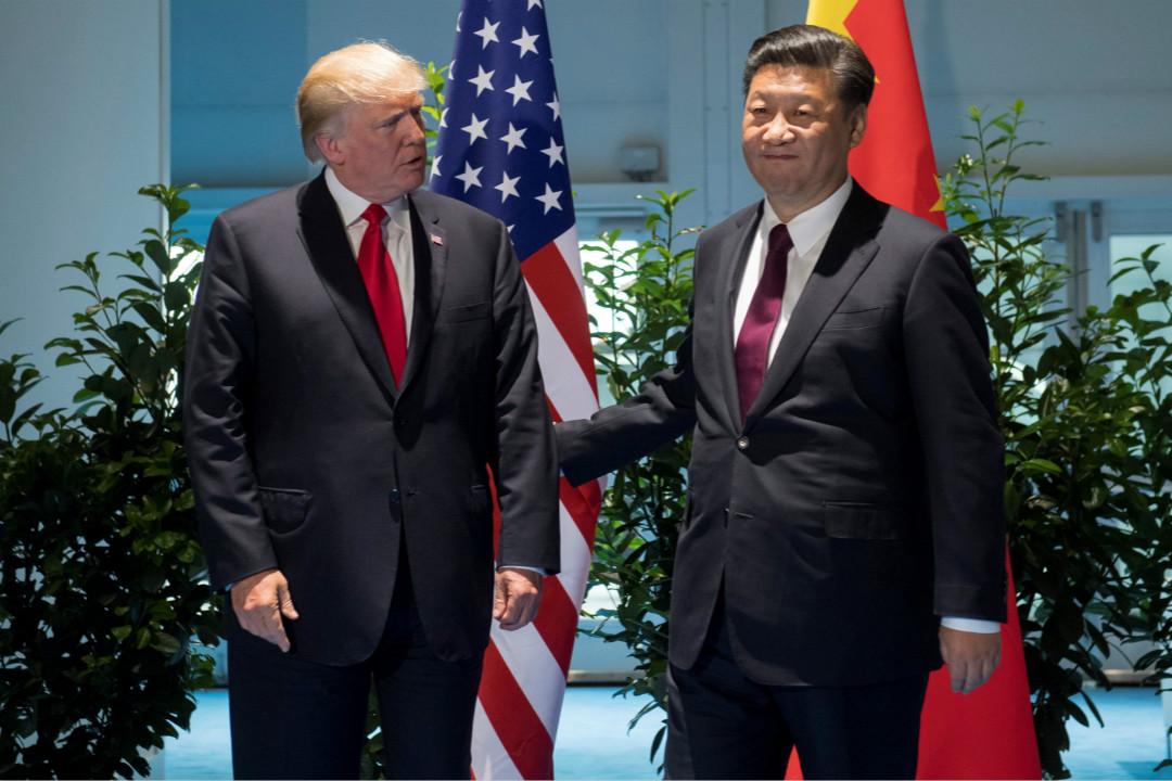 2017年7月8日,中國國家主席習近平與美國總統特朗普在德國漢堡舉行的 G20 峰會會面。 攝:Saul Loeb/Reuters