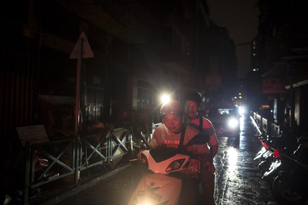 2017年8月24日,澳門下環街晚上,部分地區停電。