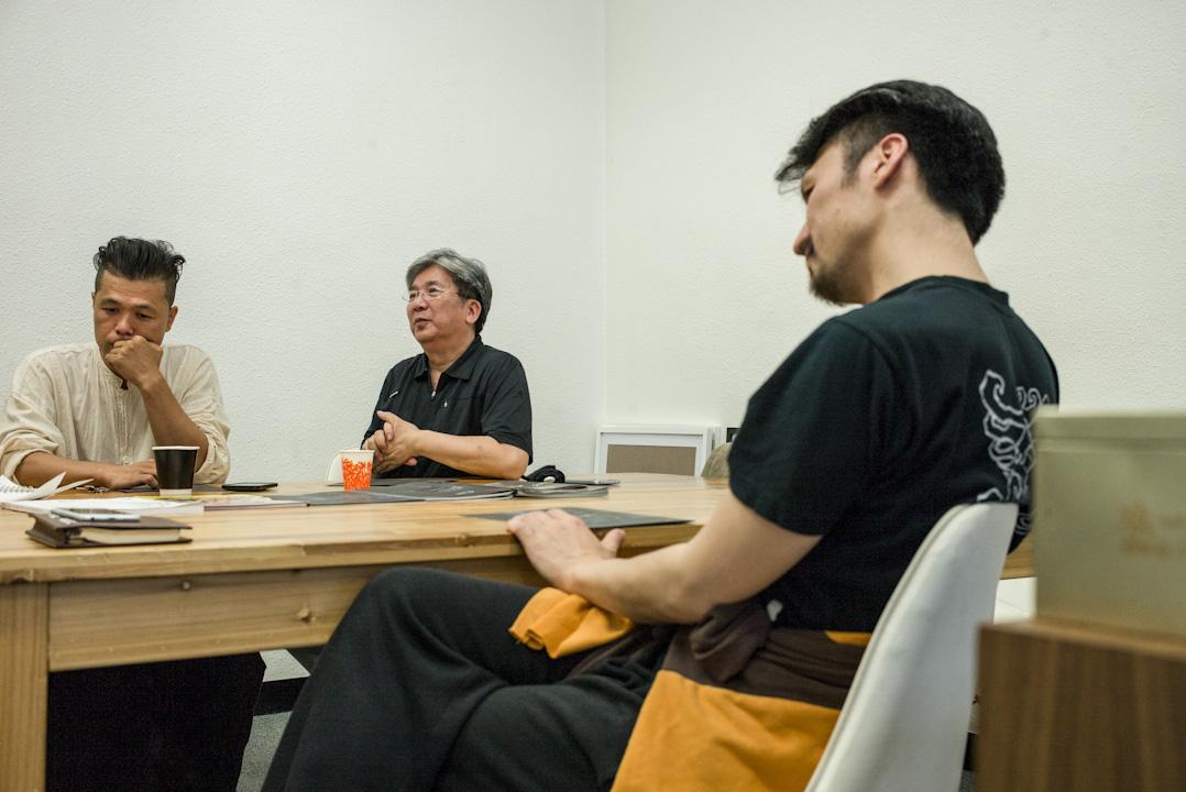音樂形體劇場《觀自在》三位不同領域創作者,舞台美術設計師曾文通、資深作曲家羅永暉及香港舞蹈團藝術總監楊雲濤。
