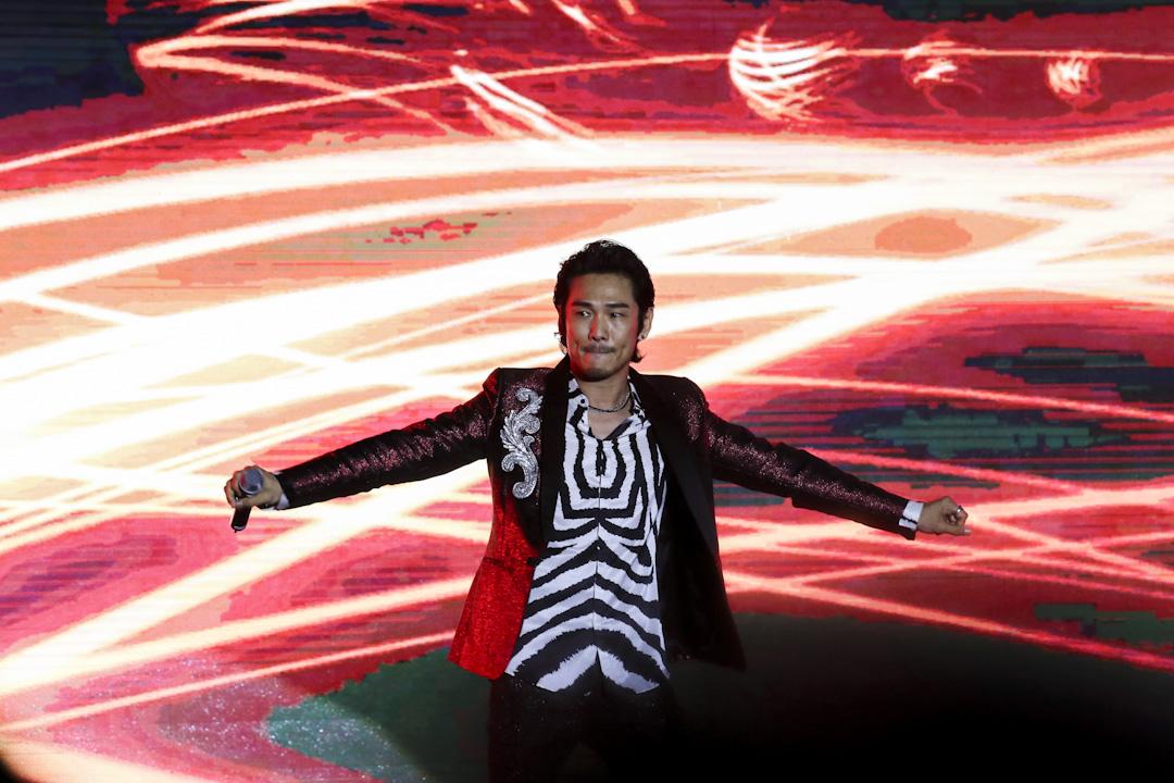 歌手杜德偉亦擁有菲律賓血統,但卻鮮為人知。