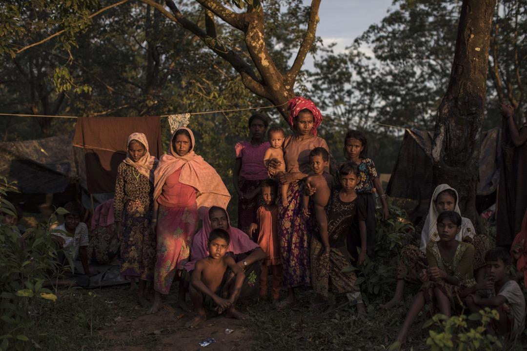 2017年9月8日,一個羅興亞族穆斯林家庭剛從緬甸越過邊境到孟加拉。