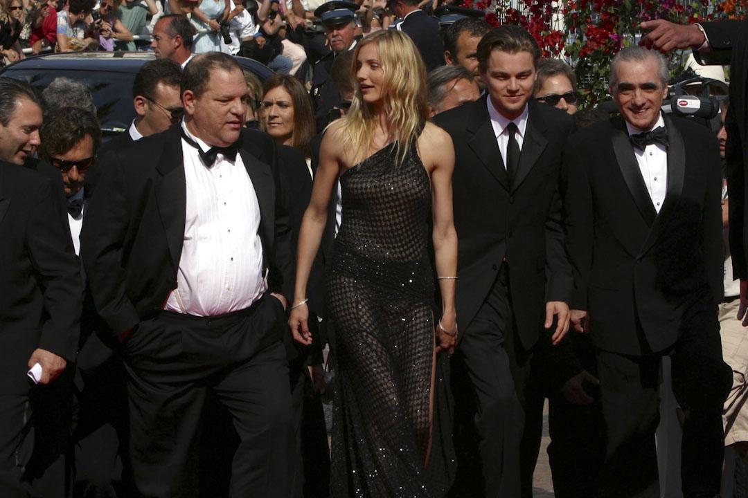 2002年5月20日,Harvey Weinstein與馬田史高西斯(Martin Scorsese)、金美倫·戴雅絲(Cameron Diaz)及里安納度狄卡比奧(Leonardo DiCaprio)出席電影《紐約風雲》於康城電影節的首映。