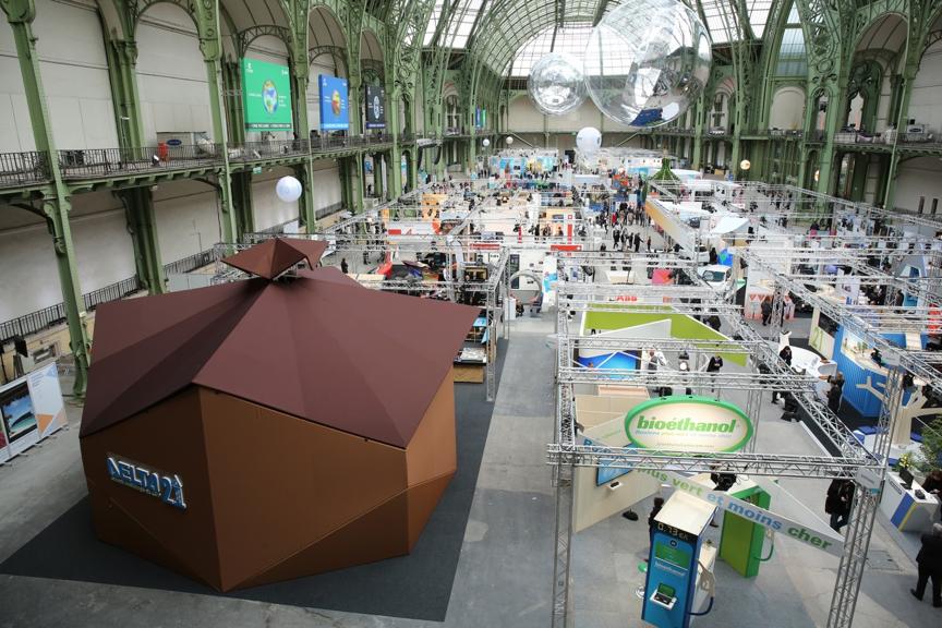 於巴黎大皇宮展出的「綠築跡-台達綠建築展」。