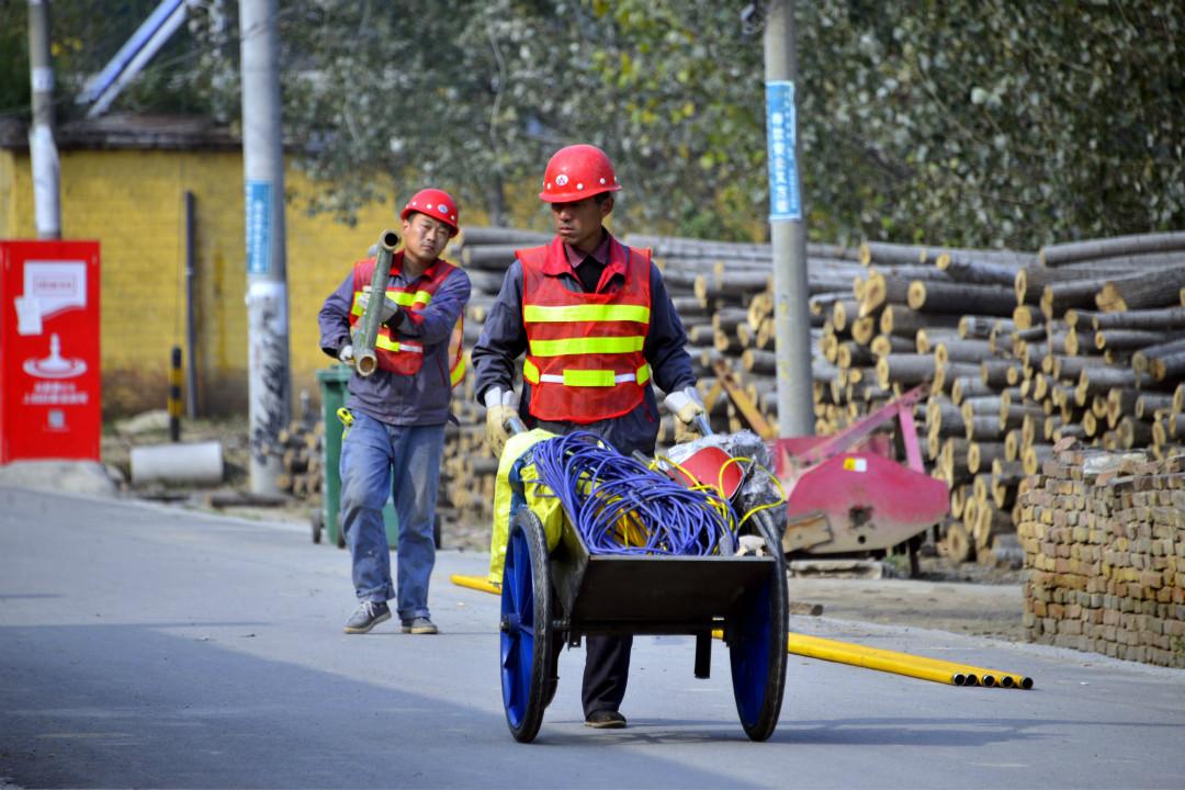 2017年10月27日,山東聊城市茌平縣7個行政村進行煤改氣工程。 攝:Imagine China