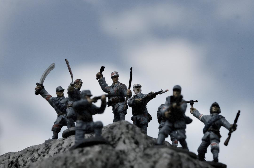 一位中國攝影家於2014年拍攝了一個攝影項目「中國士兵的肖像」 ,以玩具重現中日戰爭。
