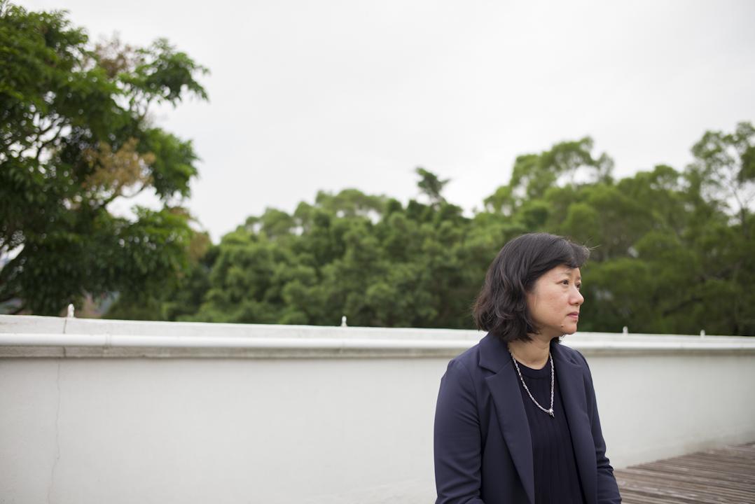 陳倩嫻女士,註冊社工,服務防止虐待兒童會14年,現於香港中文大學社會工作系擔任講師。